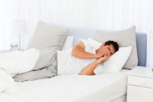 Что делать при приступах кашля ночью