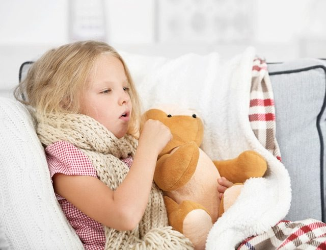 Постоянный кашель у ребенка что делать