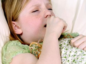 У ребенка кашель без температуры что делать