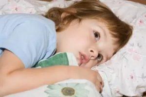 малыш не может заснуть